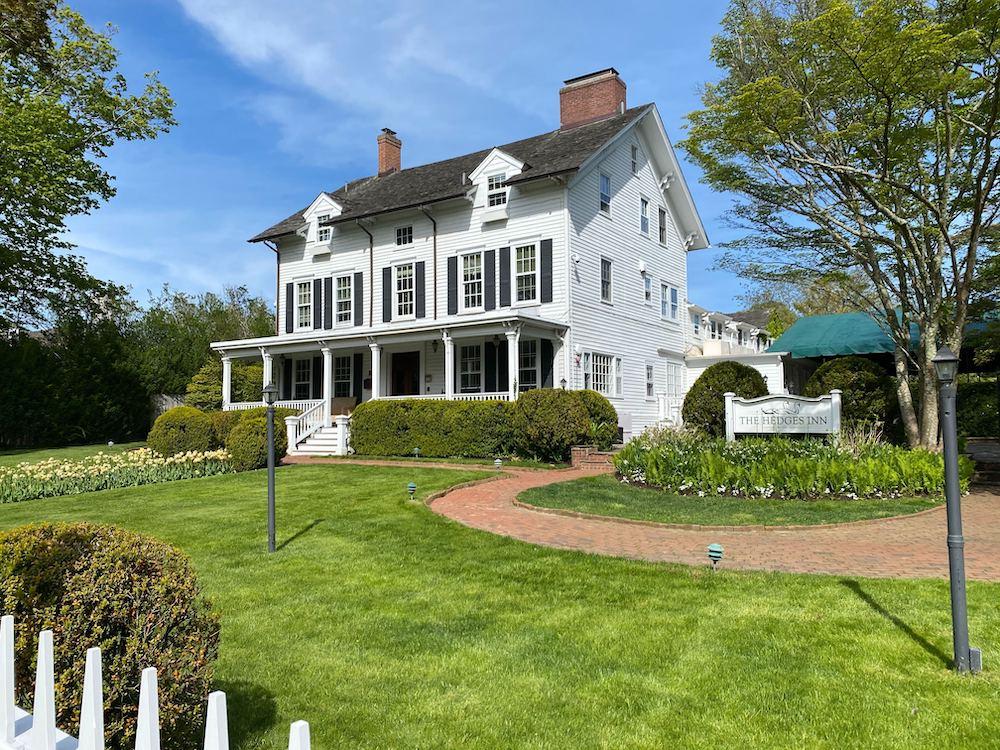 1 Million Summer Rental In East Hampton Entire Hedges Inn The East Hampton Star
